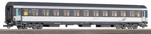 Model #45113 - Roco 2nd class Corail-express train passenger car, SNCF